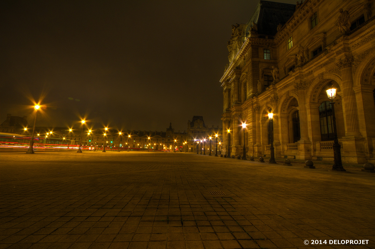 paris-monument-night-04