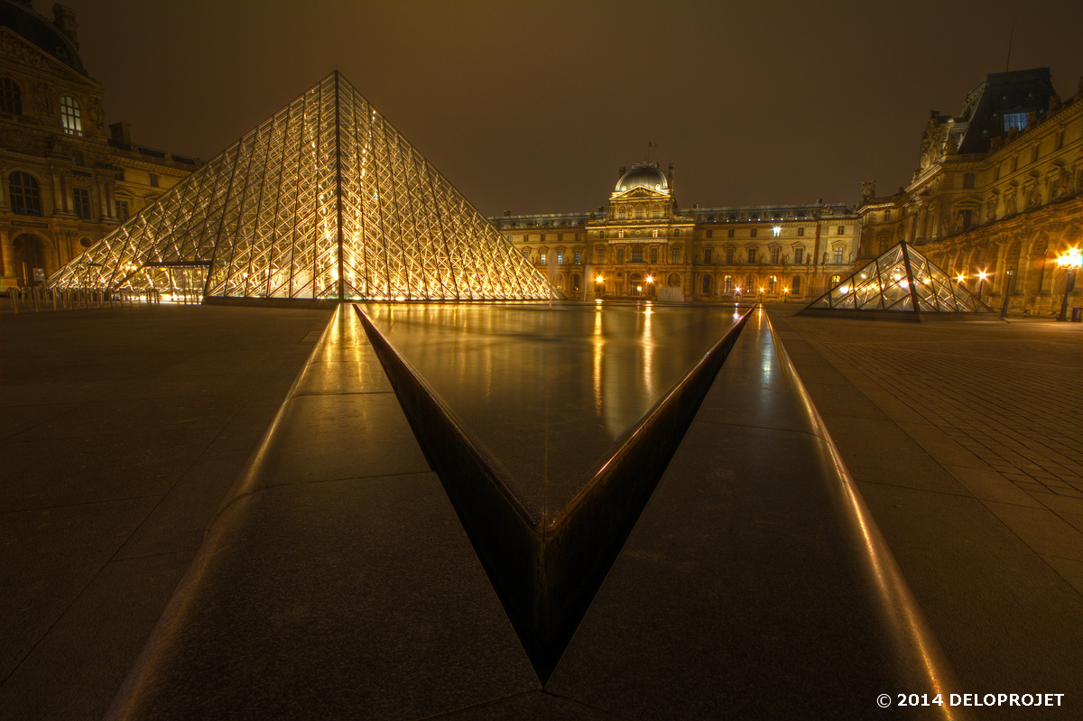 paris-monument-night-05