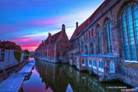 The streets of Bruges under the sunset