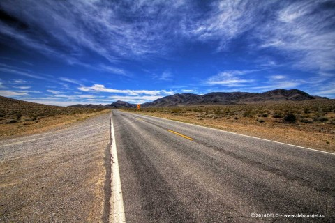 Death Valley road, go to a timeless journey