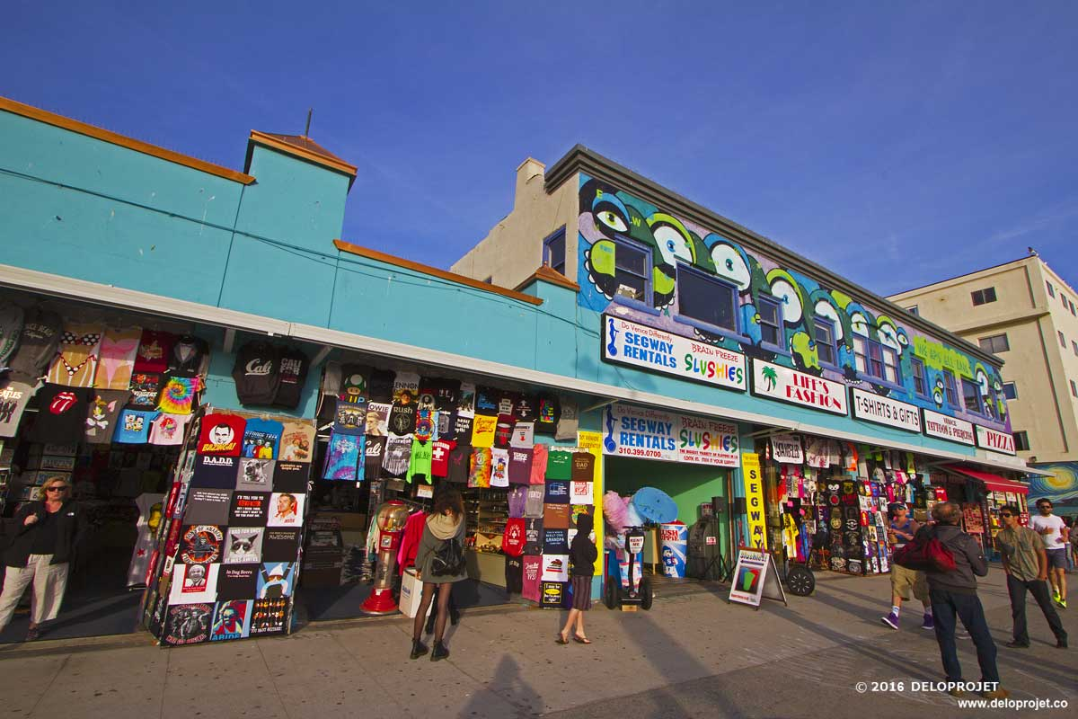 Venice Beach Is The Place You See In Movies Commercials And On Tv People Watching Raison D être At Which Effectively Continues From