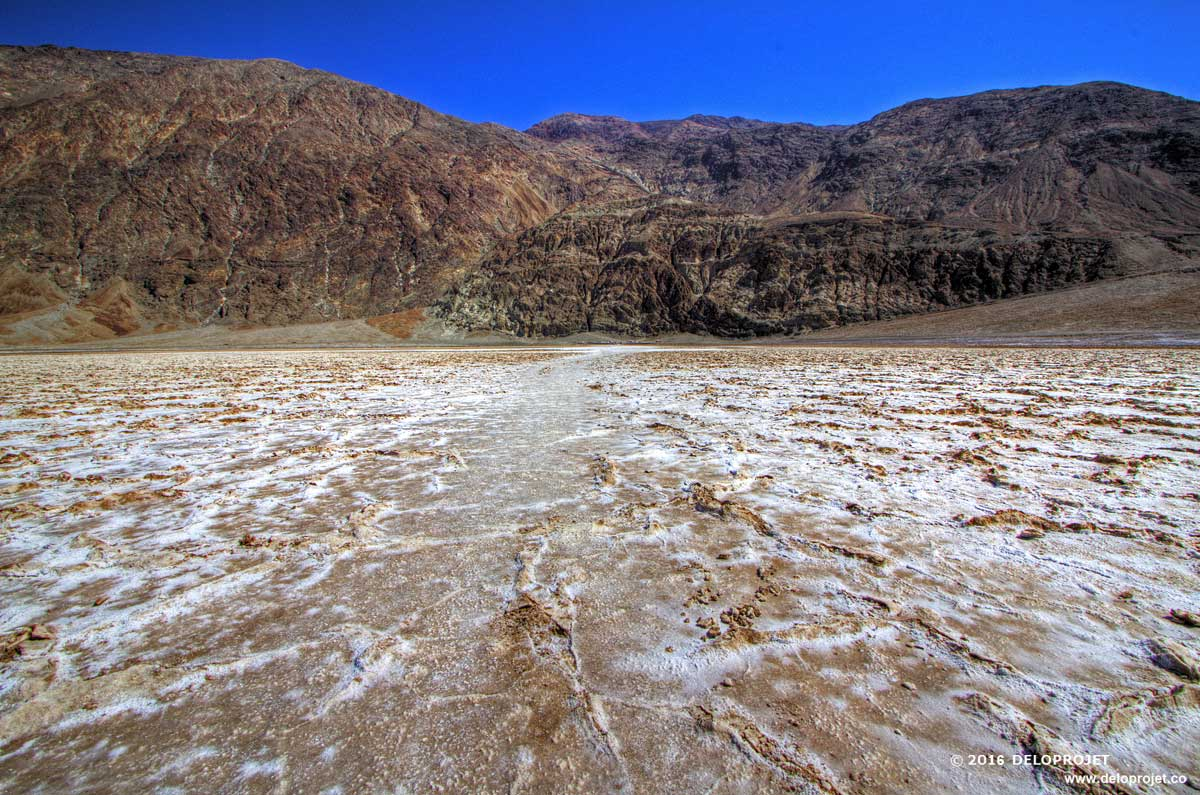 deloprojet badwater basin is a must to visit in death valley