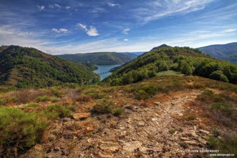 Hiking in the Cevennes to the cross of Gratassac